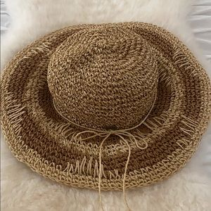O'neill straw hat packable- Like New! 👒 🌞 🏖 🏝